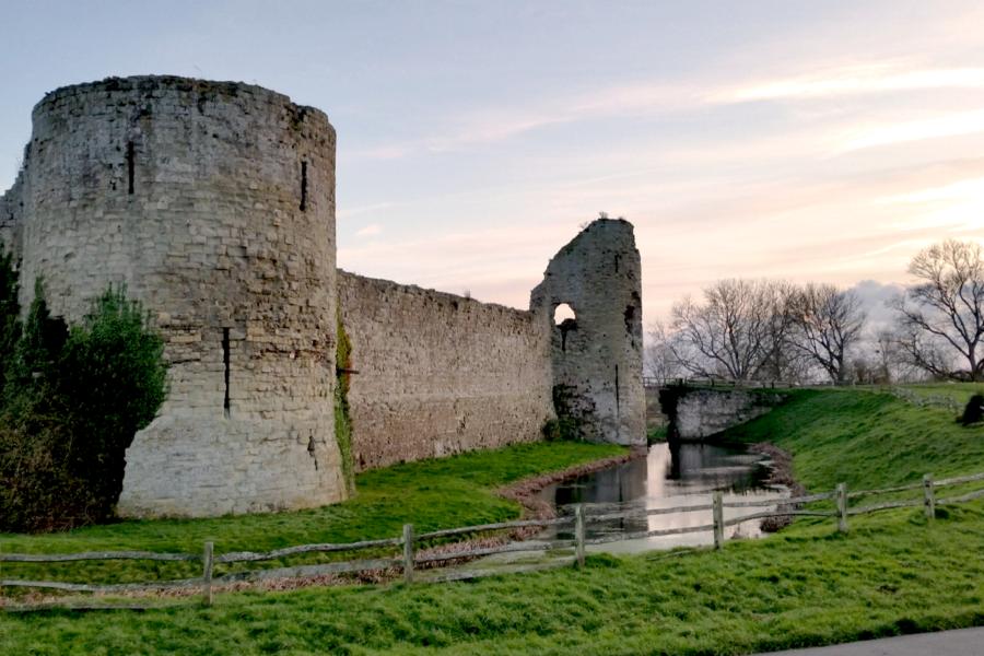Pevensey Castle 10